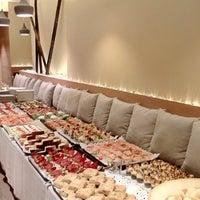 Foto tomada en Restaurante MOABI por Maria M. el 5/27/2017