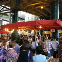 Foto tirada no(a) Borough Market por Marco B. em 7/20/2013