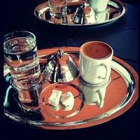 Foto tirada no(a) Bricks Coffee & Bistro por Elif Ş. em 11/16/2015