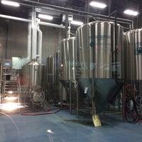 9/13/2015 tarihinde Jo H.ziyaretçi tarafından Grapevine Craft Brewery'de çekilen fotoğraf