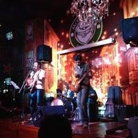 รูปภาพถ่ายที่ McCarthy's Irish Pub โดย Eduardo R. เมื่อ 1/26/2014