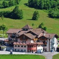 รูปภาพถ่ายที่ Hotel Tevini โดย Clara B. เมื่อ 7/20/2013