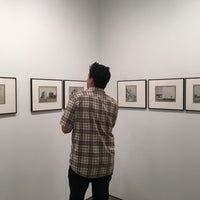 Photo prise au Bruce Silverstein Gallery par Neha J. le9/14/2017