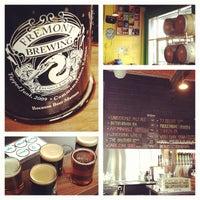 3/24/2013 tarihinde Anna Laurenziyaretçi tarafından Fremont Brewing Company'de çekilen fotoğraf
