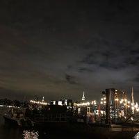 Das Foto wurde bei Brooklyn Barge von Christiana M. am 9/15/2018 aufgenommen