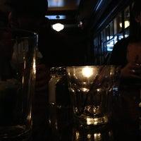Das Foto wurde bei Casey's Irish Pub von Christopher G. am 11/10/2012 aufgenommen