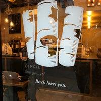 Foto scattata a Birch Coffee da Adley il 2/23/2018