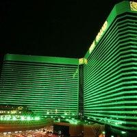 Foto scattata a MGM Grand Hotel & Casino da Al T. il 7/15/2013