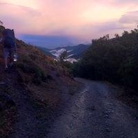 Foto tomada en Camping El Cares Picos de Europa por Den L. el 10/6/2013
