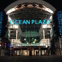Foto tomada en Ocean Plaza por Tanya Y. el 11/16/2013