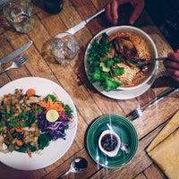 10/31/2015에 Gastrobites님이 Galanga Thai Kitchen에서 찍은 사진