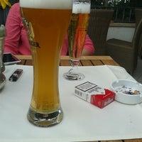Foto tirada no(a) Greiffenegg Schlössle Restaurant por Onur G. em 6/27/2014