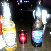 Снимок сделан в Jerseys Bar & Grill пользователем Carissa S. 8/31/2013