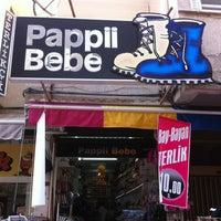 Foto tirada no(a) Pappii Bebe por Mehmet A. em 7/24/2013