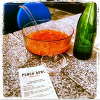 Das Foto wurde bei Punch Bowl Social von Punch Bowl Social am 7/24/2013 aufgenommen