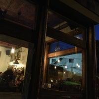 Foto tirada no(a) Bantam Pub por sarevie m. em 9/19/2013