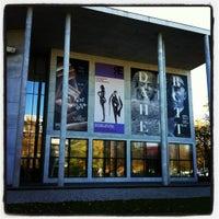 Снимок сделан в Pinakothek der Moderne пользователем Gries C. 11/9/2012