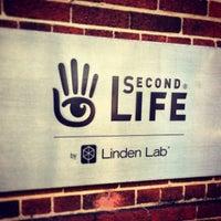 Foto diambil di Linden Lab oleh Danny S. pada 12/18/2012