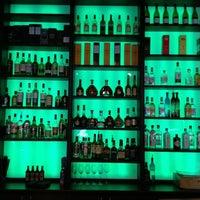Das Foto wurde bei Bar Joys von Vova F. am 4/12/2013 aufgenommen