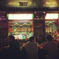 Foto tomada en Dublin's Irish Pub por Ricky M. el 12/29/2012