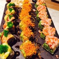 Foto scattata a Yada Sushi da Kaan il 5/9/2015