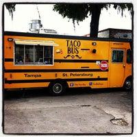 Foto tirada no(a) Taco Bus por Gregory M. em 3/17/2013