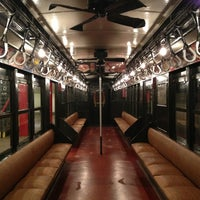 Photo prise au New York Transit Museum par Rebecca B. le3/2/2013