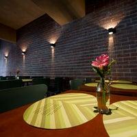 รูปภาพถ่ายที่ Oazi Restaurante โดย Oazi Restaurante เมื่อ 7/22/2013