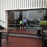 11/20/2012 tarihinde nubella k.ziyaretçi tarafından Royal Orchid Sheraton Hotel & Towers'de çekilen fotoğraf