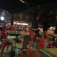 Das Foto wurde bei SWT Cafe von Nilüfer Ö. am 2/13/2013 aufgenommen