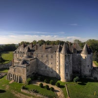 Foto diambil di Château de Meung-sur-Loire oleh Château de Meung-sur-Loire pada 7/24/2013