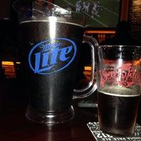 10/17/2014에 Marcus M.님이 Homefield Sports Bar & Grill에서 찍은 사진