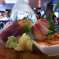 Foto tirada no(a) Keizo Teppan Sushi Bar por Carlos J. em 2/23/2014