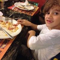 Foto tirada no(a) Pizza D'oro por Toninho C. em 8/24/2014