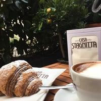 รูปภาพถ่ายที่ Ideal Caffé Stagnitta โดย Ozlem I. เมื่อ 12/11/2017
