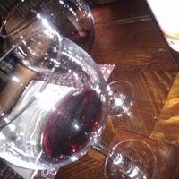 รูปภาพถ่ายที่ Tinto Fino Ultramarino โดย Lucrècia D. เมื่อ 10/13/2012