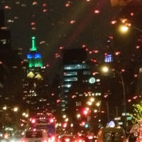 Photo prise au Manhattan Proper par Joan H. le2/27/2013