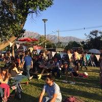 Foto tomada en Plaza Ossandón por Nok Kine el 10/15/2017
