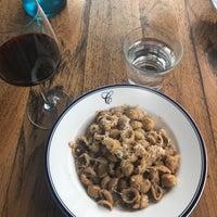 1/3/2017 tarihinde Elizabeth F.ziyaretçi tarafından Catania Restaurant'de çekilen fotoğraf