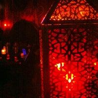5/28/2013にAzuza H.がAzuza Hookah Lounge & Cafeで撮った写真