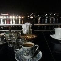 7/31/2013 tarihinde TC  Tuğba Ö.ziyaretçi tarafından Mavi Haliç Cafe'de çekilen fotoğraf