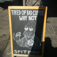 Photo prise au Spitfire Coffee par Tim J. le10/15/2013