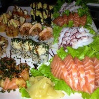 Foto tirada no(a) Hanbai Sushi Bar por ELLEN P. em 8/9/2013