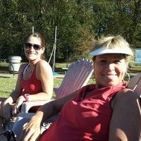 รูปภาพถ่ายที่ McGhee Tennis Center โดย Stephanie A. เมื่อ 10/21/2012