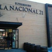 รูปภาพถ่ายที่ La Nacional 21 โดย Rafa Z. เมื่อ 1/28/2014