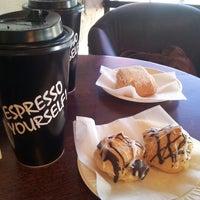 Foto scattata a Argentina Bakery da Susanna Seyoung H. il 12/30/2013