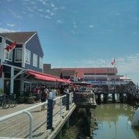 Foto scattata a Sockeye City Grill Waterfront Restaurant da Benjamin S. il 7/1/2013