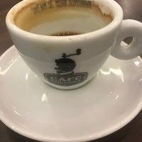 Снимок сделан в Café Cultura пользователем Fabiano B. 4/17/2017