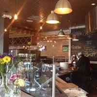 Das Foto wurde bei Cafe Caturra von Taylor M. am 8/30/2013 aufgenommen