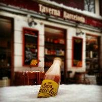 Foto tirada no(a) Taverna Barcelona por Jordi Q. em 1/15/2013